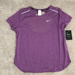 Nike Running Shirt. Size Large. New!